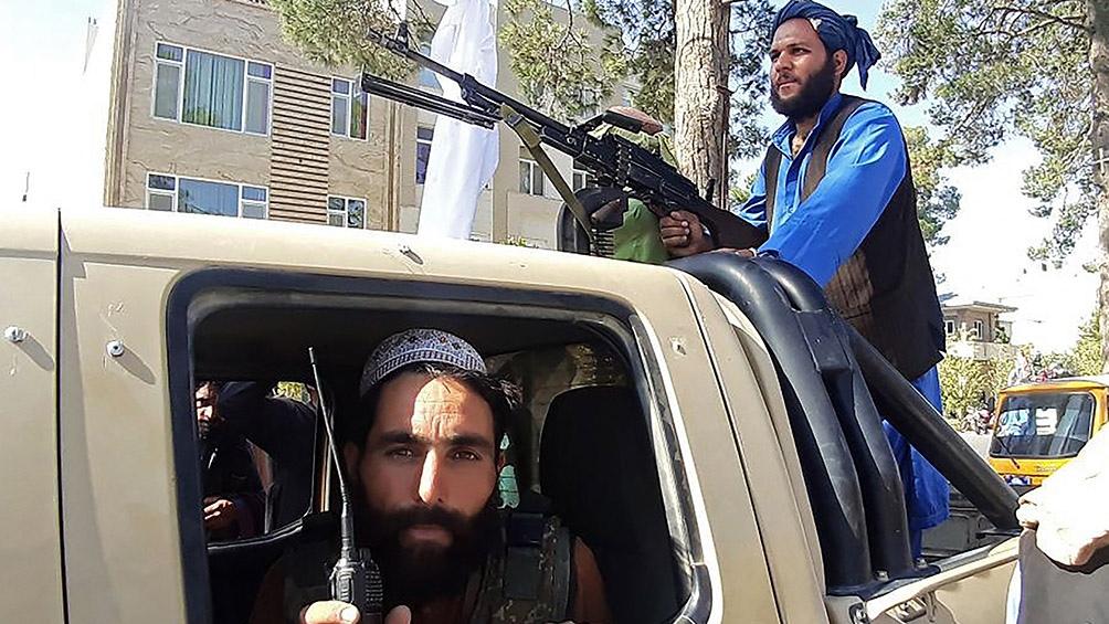 Afganistán: los talibanes tomaron la capital y el presidente huyó del país    BAOpina
